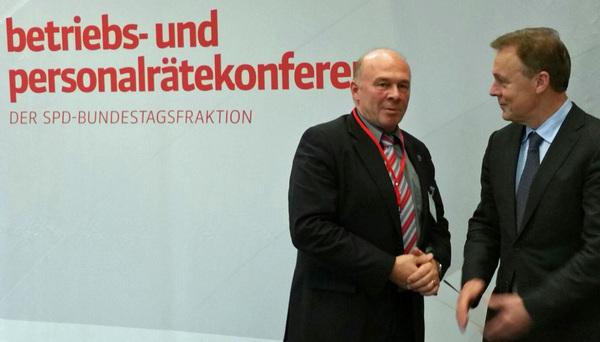 SPD-Fraktionschef Thomas Oppermann und GdP-Vize Dietmar Schilff (l.) Foto: GdP